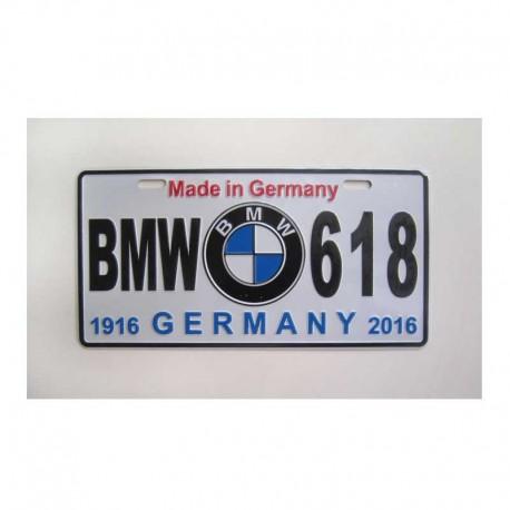 زیر پلاک BMW