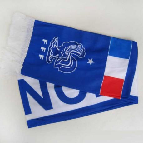 شال روی داشبورد فرانسه