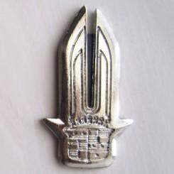 آرم نقره ای کادیلاک (شمشیری)